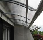 Nadstrešek nad balkonom10 mm prozorna - ločne vzdolžne podpore